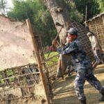 नेपाली भूमि मिचेर बनाइएका भारतीयका घरटहरा नेपाल प्रहरीद्वारा भत्काइयो, स्थानीय खुसि