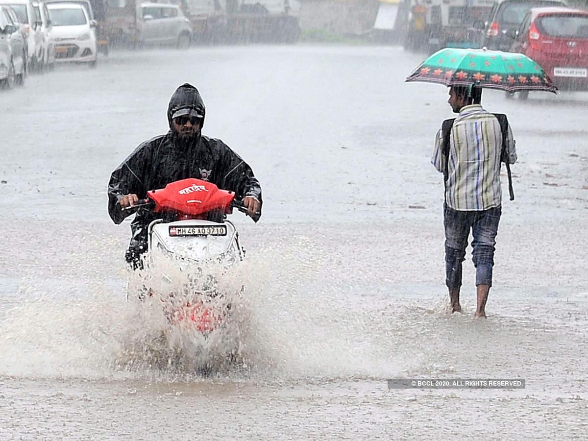 बिहानैदेखि वर्षा,लुम्बिनी र सुदूरपश्चिममा दिउँसो भारी वर्षाको सम्भावना